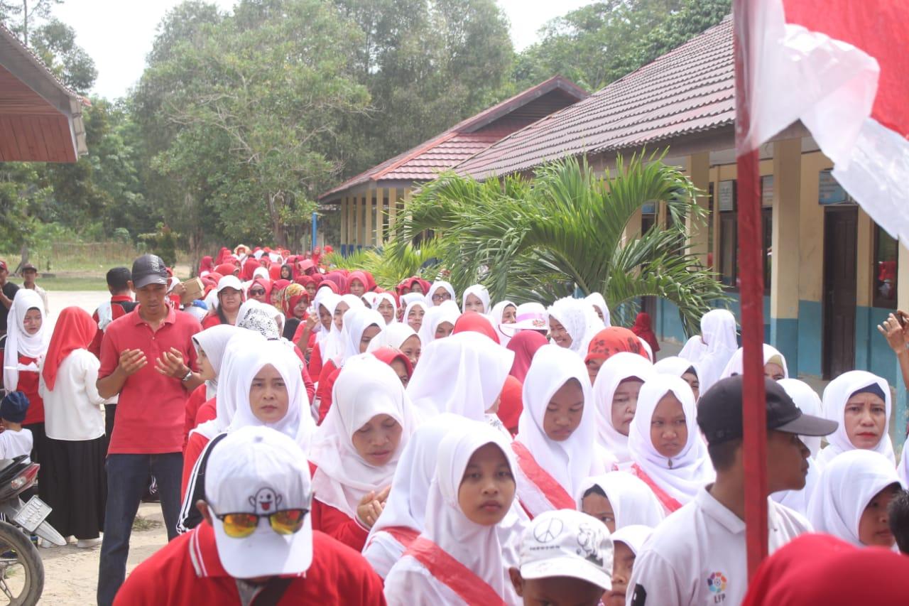 Acara Penyambutan HUT RI ke73 di Desa Sungai Cingam